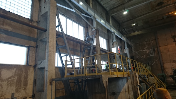 Работы по установке окон на промышленном объекте