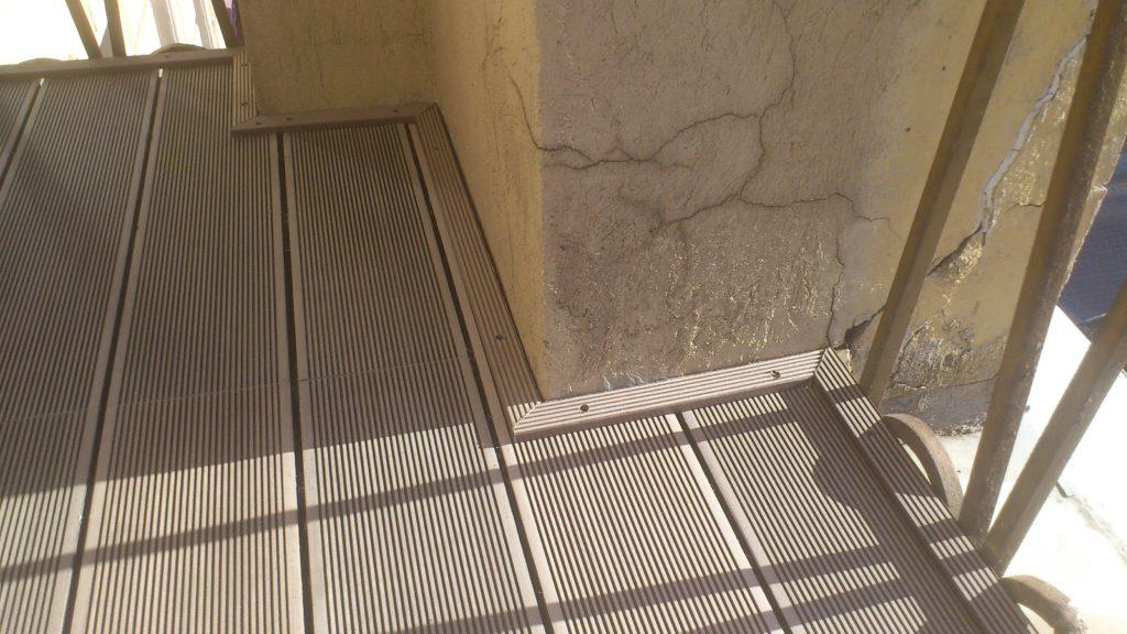 Ремонт балкона: террасная доска