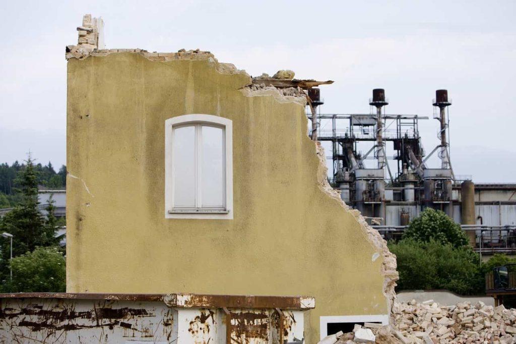 Демонтажные работы в Санкт-Петербурге