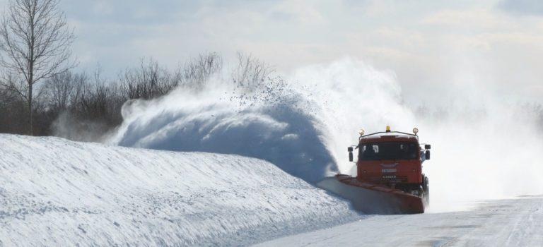 Уборка снега на заказ: удобно и выгодно